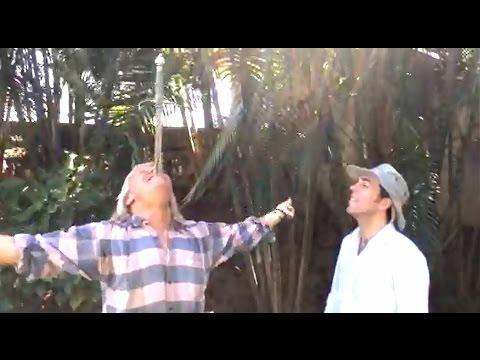 Ig Nobel Prize Successful Dutch Professor pulls sword from Sword Swallower Dan Meyer in Goa India