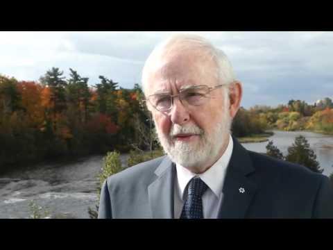 Canadian Nobel Prize winner McDonald deflects star standing