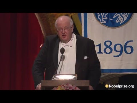 """""""I turned an economist by accident."""" Angus Deaton, laureate in Financial Sciences"""