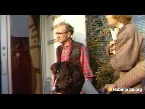César Milstein describes the moment he was informed of the Nobel Prize