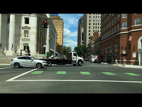 Driving Downtown – New Haven Connecticut United states