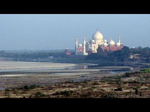 Yamuna river behind Taj mahal